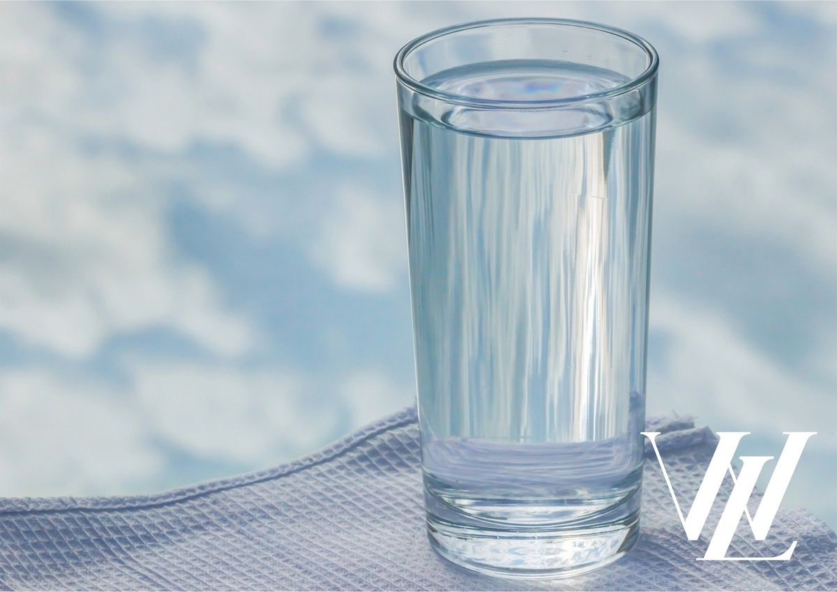 Высокие стаканы для напитков
