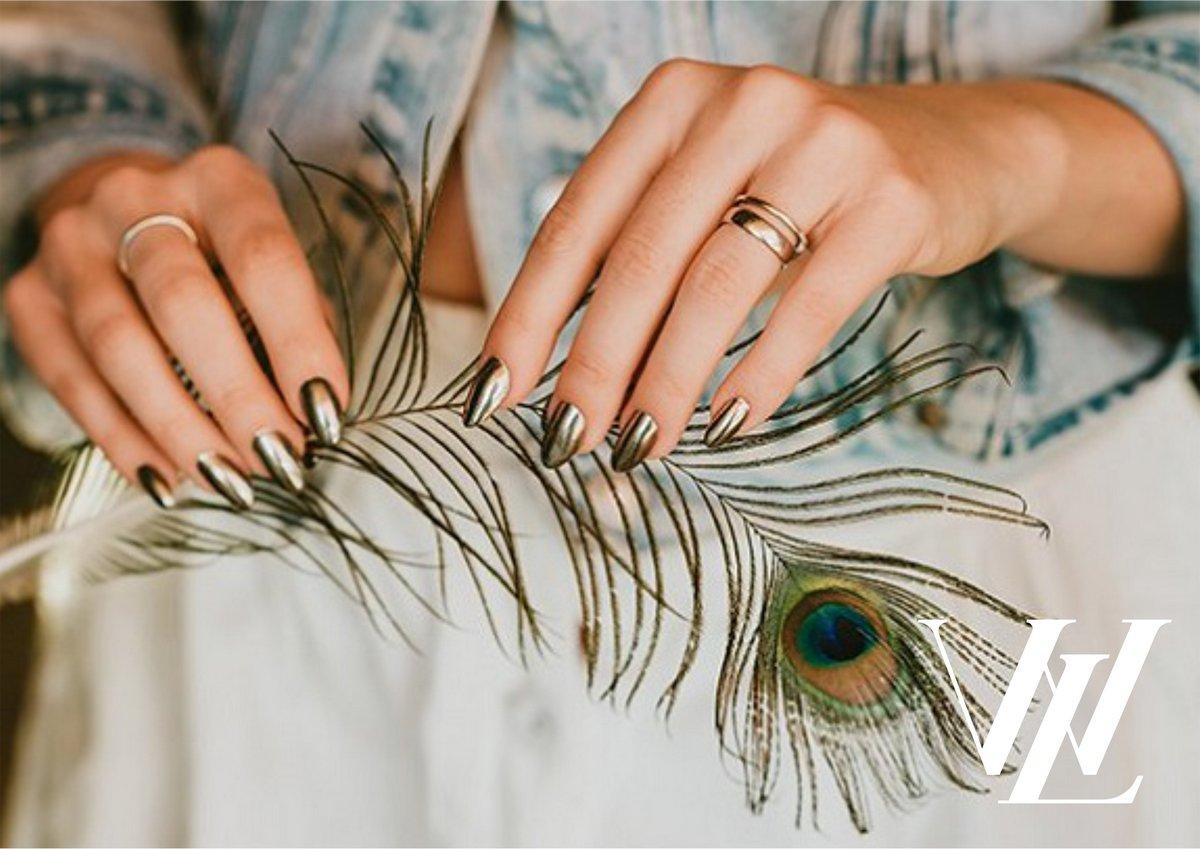 в борьбе с ломкостью ногтей отвары из лечебных трав