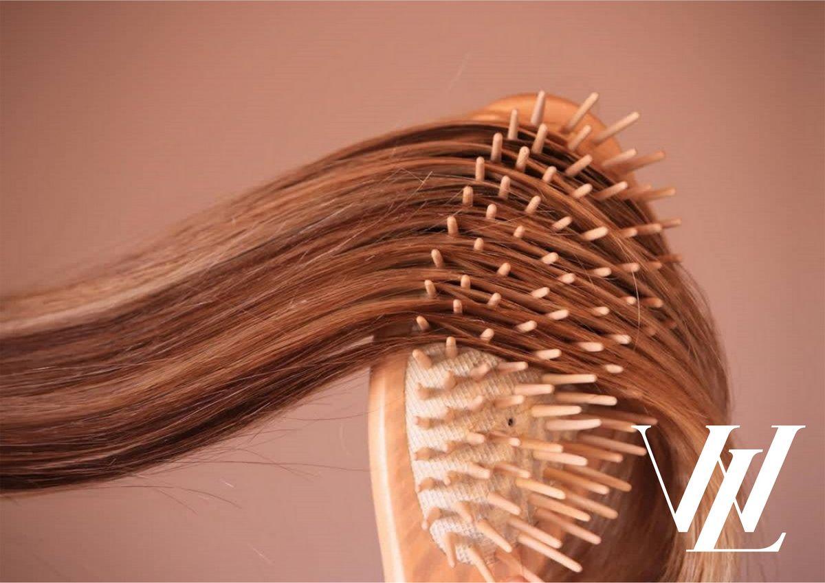Как выбрать идеальную расческу по типу волос