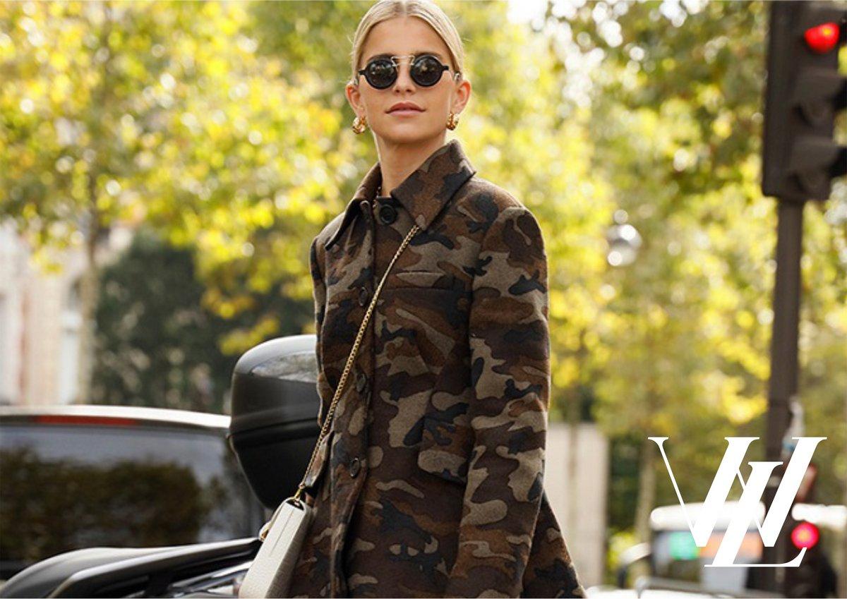 Пальто с диким принтом
