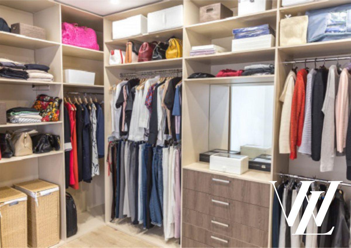 Вне моды: топ-12 вещей базового гардероба