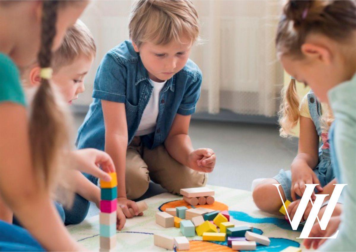 Вещи, которые нужно прятать от детей: топ-15 опасных предметов