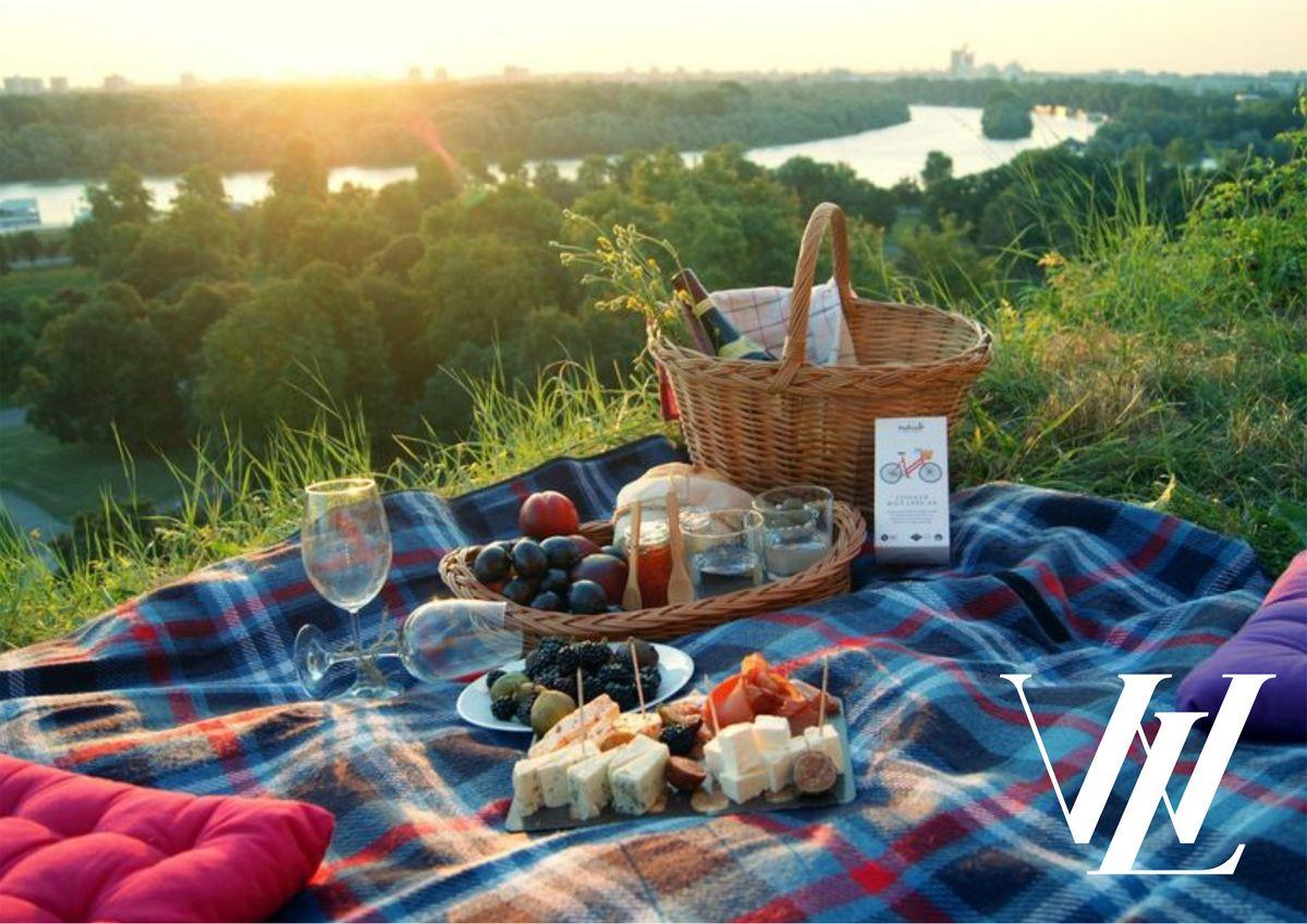 Полезный пикник: что взять с собой на отдых летом