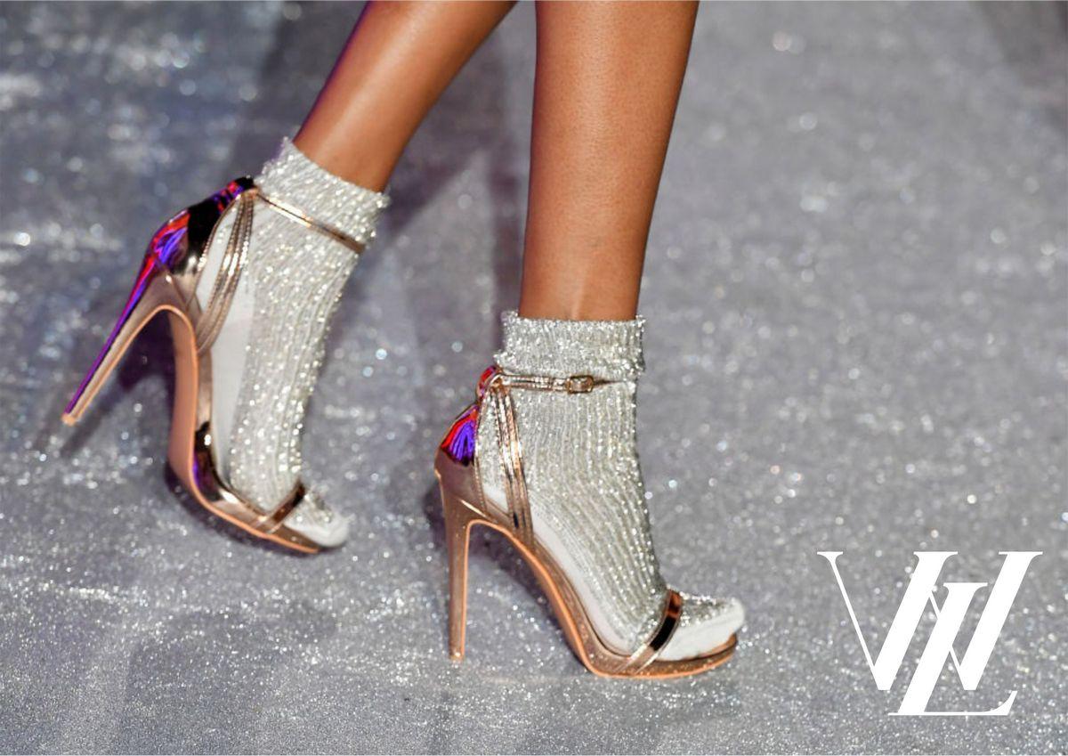 Красивые и здоровые ноги без мозолей: как разносить новую пару обуви
