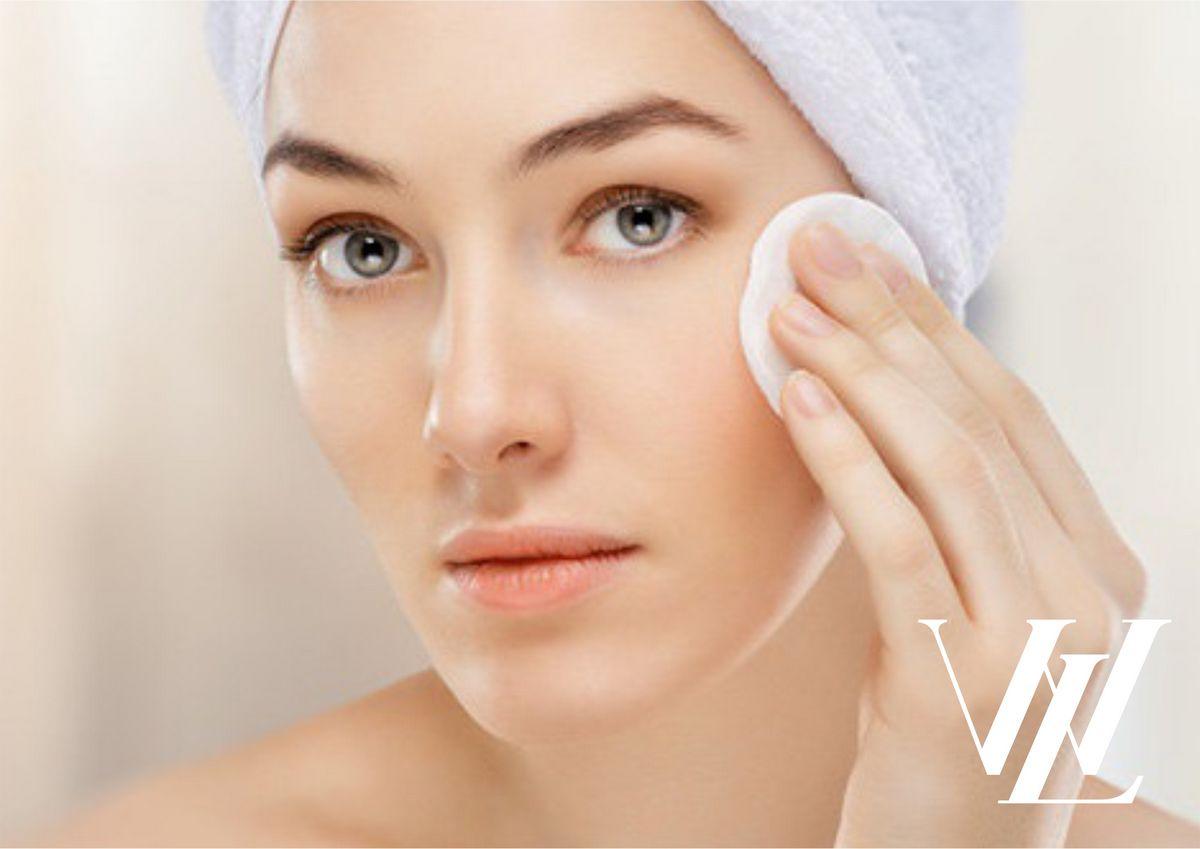 Все это время вы смывали макияж неправильно! Пять опасных ошибок демакияжа, которые навредят вашей коже